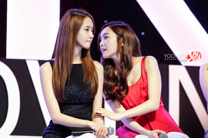 Jessica and Yoona 'GiRL de Provence' Thank آپ Party