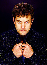 Joshua Jackson wallpaper possibly with a business suit entitled Josh Jackson