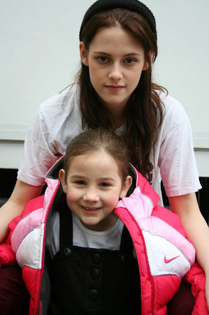 "Kristen Stewart and ""young Bella""(from Twilight)"