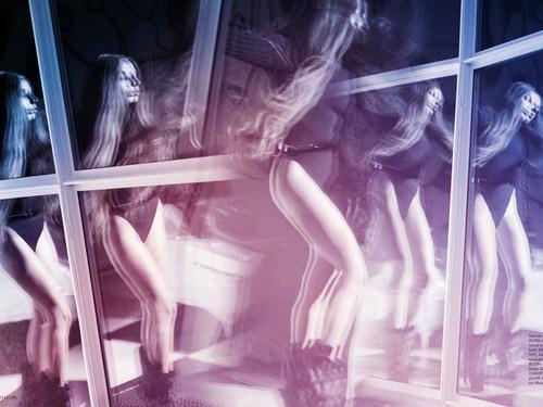 Lady Gaga wallpaper probably containing a hot tub titled Lady Gaga Elle 2013