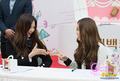 Lotte Fansign-Jessica and Seohyun - seohyun photo