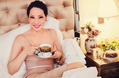 লুসি লিউ দেওয়ালপত্র titled Lucy Liu// Watch! Magazine October 2013