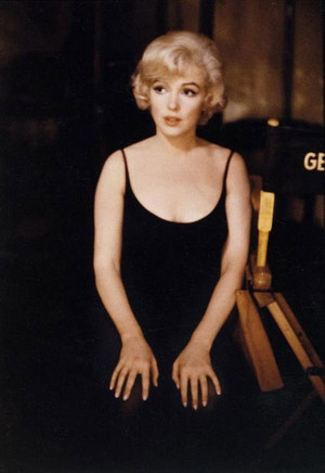 Marilyn on the set of Let's Make Cinta
