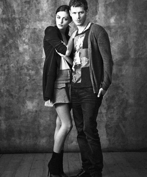 Phoebe Tonkin & Joseph morgan » SDCC shoot