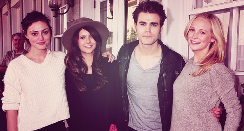 the vampire diaries wallpaper probably with a well dressed person titled Phoebe Tonkin, Nina Dobrev, Paul Wesley & Candice Accola in Savannah, Georgia