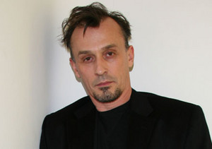 Robert Knepper.