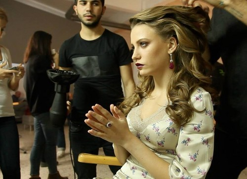 Serenay Sarikaya wallpaper possibly containing a portrait titled Serenay - Photo Sessions ♥