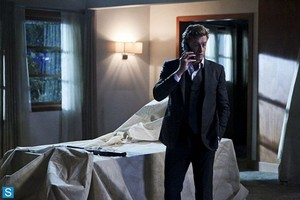 The Mentalist - Episode 6.06 - api, kebakaran and Brimstone - Promotional foto-foto