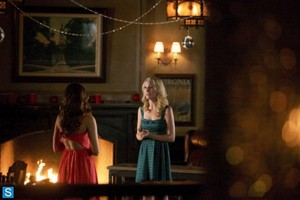 The Vampire Diaries - Episode 5.08 - Dead Man on Campus - Promotional Fotos