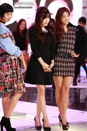 Tiffany - Fashion King Korea