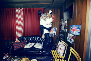 Trouble Maker – Concept foto For 'Chemistry'