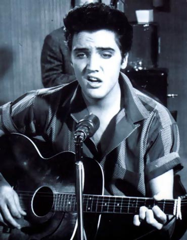 "elvis presley fondo de pantalla containing a guitarist and a concierto entitled ""Jailhouse Rock"""
