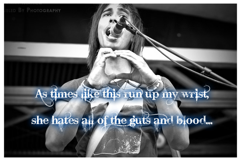 Vic fuentes background