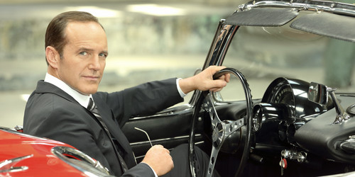 http://images6.fanpop.com/image/photos/36000000/Agent-Phil-Coulson-image-agent-phil-coulson-36087473-500-250.jpg