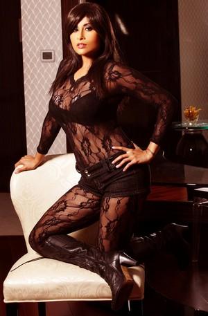 Aiysha Saagar Hot Photoshoot