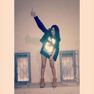 CL's Instagram Update: (131028)
