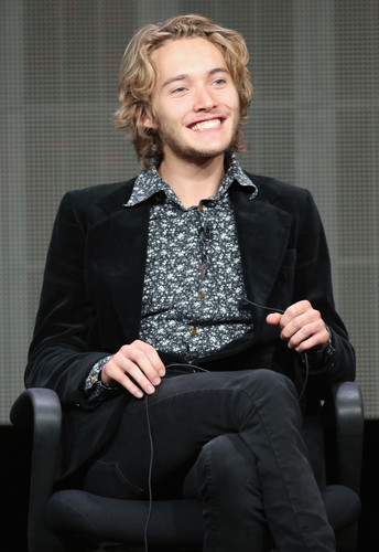 Toby Regbo wallpaper containing a business suit and a well dressed person entitled CW Summer TCA - Reign Panel
