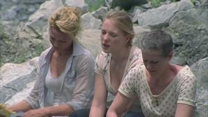 Carol Screencap, '1x03: Tell it to the Frogs'