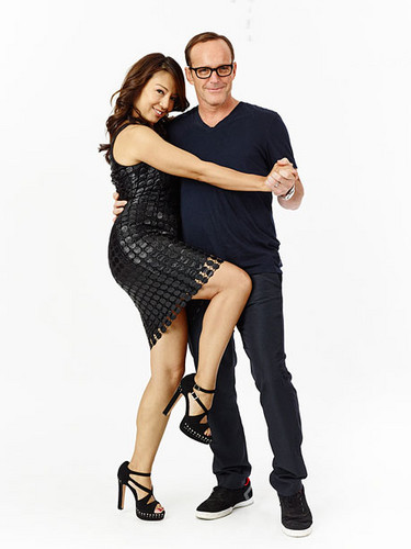 Phil Coulson & Melinda May wallpaper with hosiery, a hip boot, and tights called Clark Gregg & Ming-Na Wen (Phil Coulson & Melinda May) - Agents of S.H.I.E.L.D.