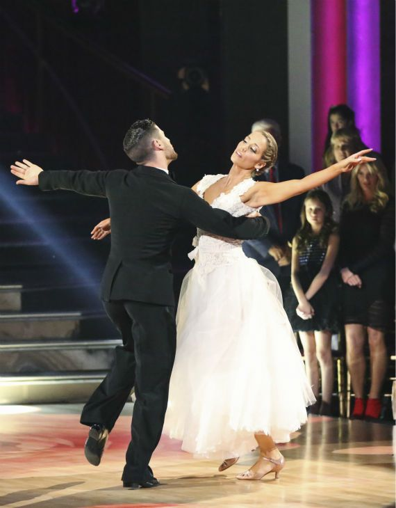 is val from dancing with the stars dating With each new season of dancing with the stars comes new dating rumors, as a couple's chemistry on the dance floor can make viewers root for an off-screen hookup.