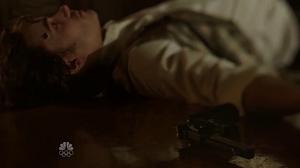 Daniel commits suicide (1x03)