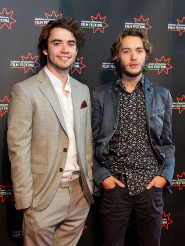 Toby Regbo hình nền containing a business suit, a suit, and a three piece suit entitled Edinburgh International Film Festival - UWantMeToKillHim Photocall