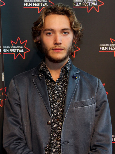 Toby Regbo fondo de pantalla containing a business suit entitled Edinburgh International Film Festival - UWantMeToKillHim Photocall