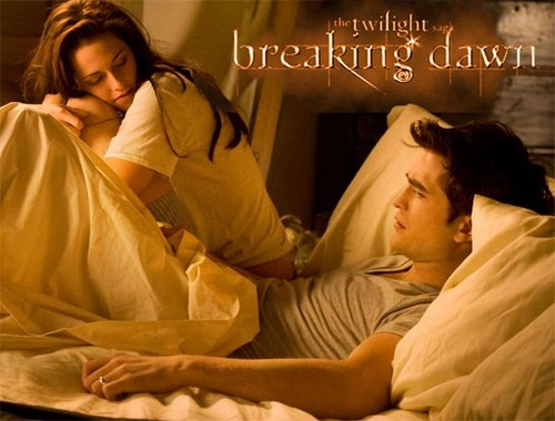 Twilight Series wallpaper probably containing a bathrobe entitled Edward and Bella