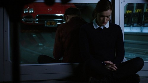 FitzSimmons Обои containing a business suit, a well dressed person, and a suit entitled FitzSimmons
