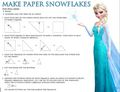 La Reine des Neiges make paper snowflakes