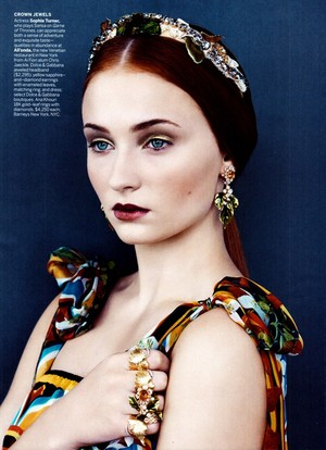 Sophie Turner- US Vogue December 2013