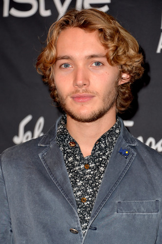 Toby Regbo wallpaper probably containing a well dressed person entitled HFPA/InStyle Party