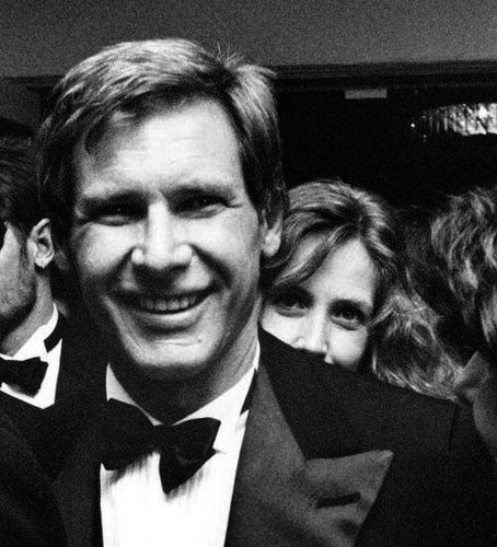 Harrison Ford wallpaper probably containing a business suit entitled Harry