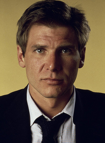 Harrison Ford wallpaper containing a business suit, a suit, and a double breasted suit entitled Harry