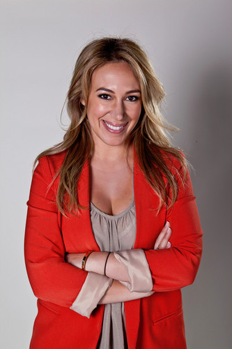 Haylie Duff wallpaper with a trench casaco titled Haylie Duff