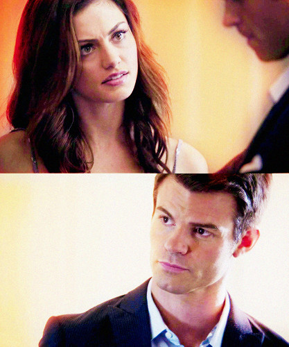 Elijah & Hayley پیپر وال containing a business suit entitled Haylijah in 1.06