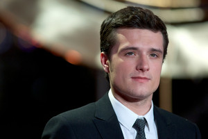 Josh Hutcherson at the Catching fuoco world premiere
