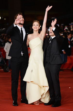 The Hunger Games: Catching آگ کے, آگ Rome Premiere [HQ]