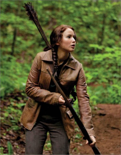 Katniss Everdeen wallpaper containing a rifleman entitled Katniss Everdeen ♬