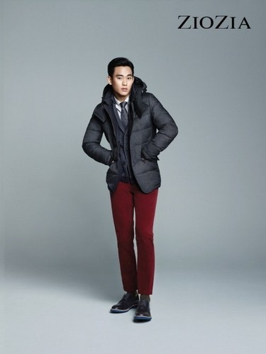 Kim SooHyun wallpaper with a well dressed person called Kim Soo Hyun for 'ZIOZIA'