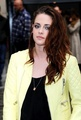 Kristen Stewart yellow leather jacket - I want it! - kristen-stewart photo