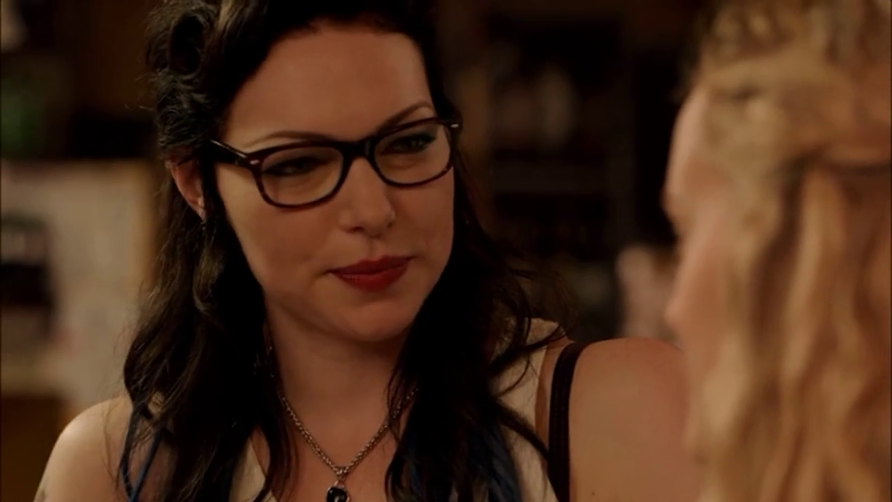 Laura prepon in orange is the new black laura prepon photo 36079894 fanpop - Laura nue ...
