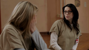 Laura Prepon in オレンジ is the new Black