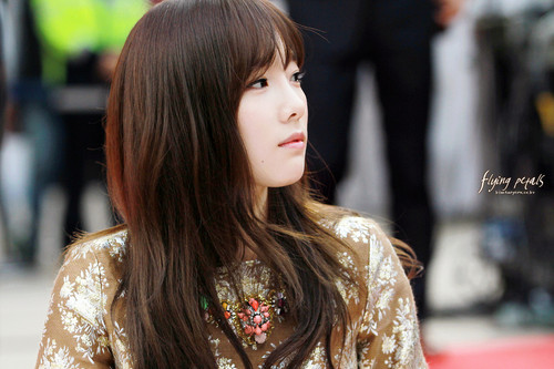 taeyeon (snsd) wallpaper probably containing a blus and an outerwear called Lotte Fansign-Taeyeon