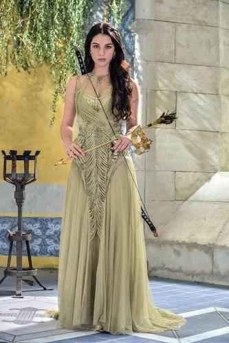 Mary Queen of Scots (Reign) Bilder Mary HD Hintergrund and ...