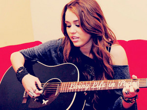 Miley<333