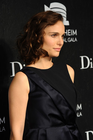 Attending the Guggenheim International Gala, made possible द्वारा Dior, at the Guggenheim Museum, NYC (N