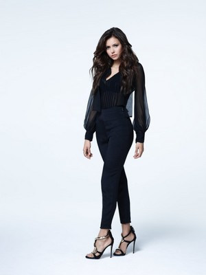 Nina Dobrev - Promotional चित्र S5