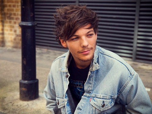 One Direction wallpaper called Louis Tomlinson - Midnight Memories ♡