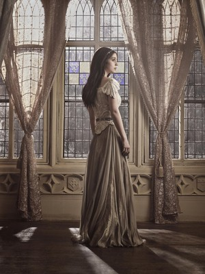 Reign: Promotional larawan – Mary reyna of Scots